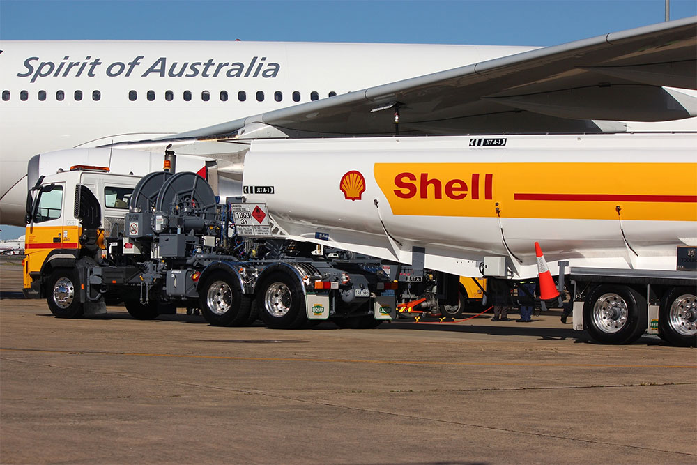 Shell_Aviation_refuelling_resized